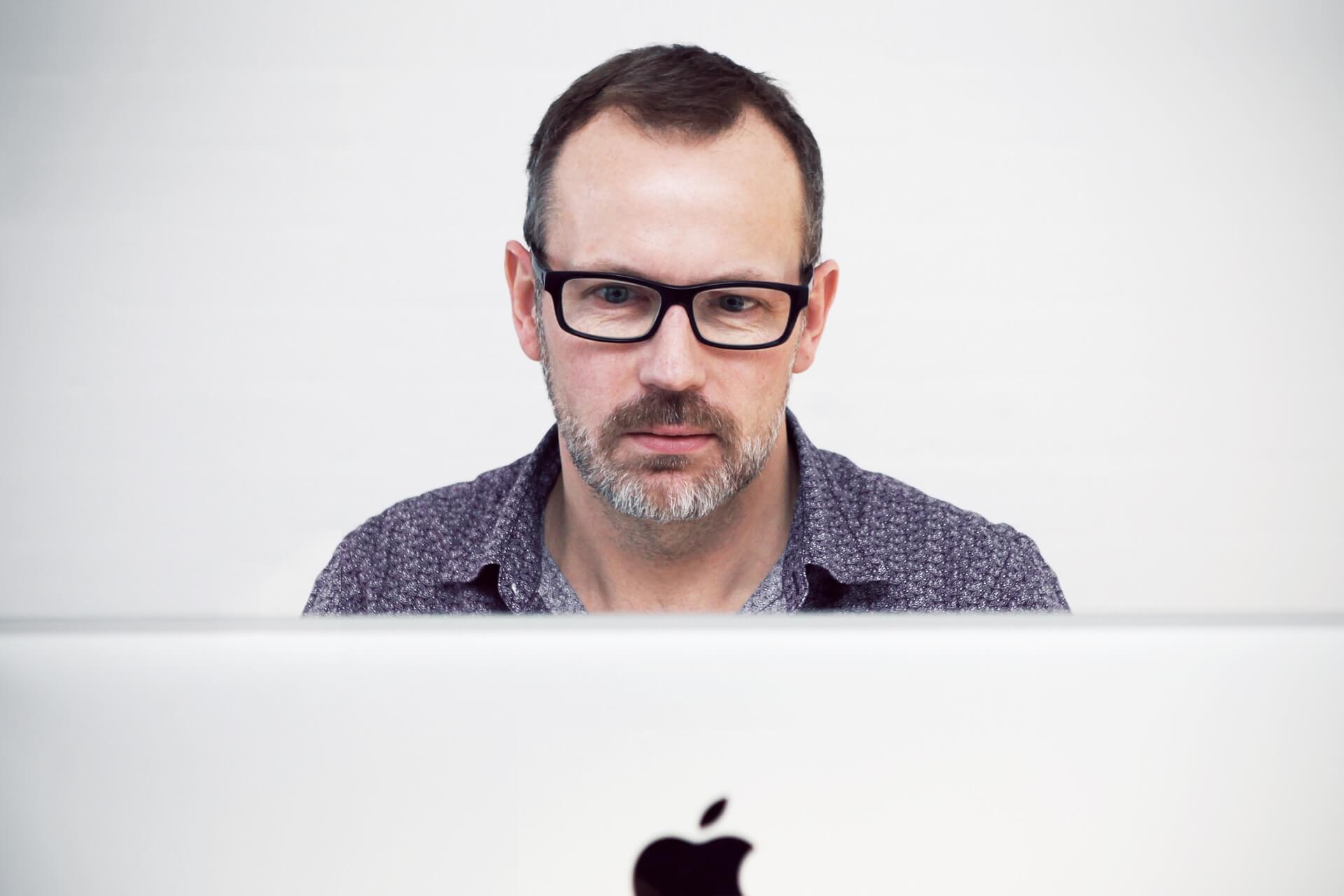 Зачем нужны офисные линзы?